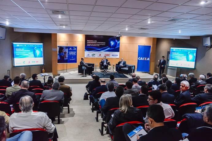 Debate sobre Concessões e Parcerias no Sinduscon-PR