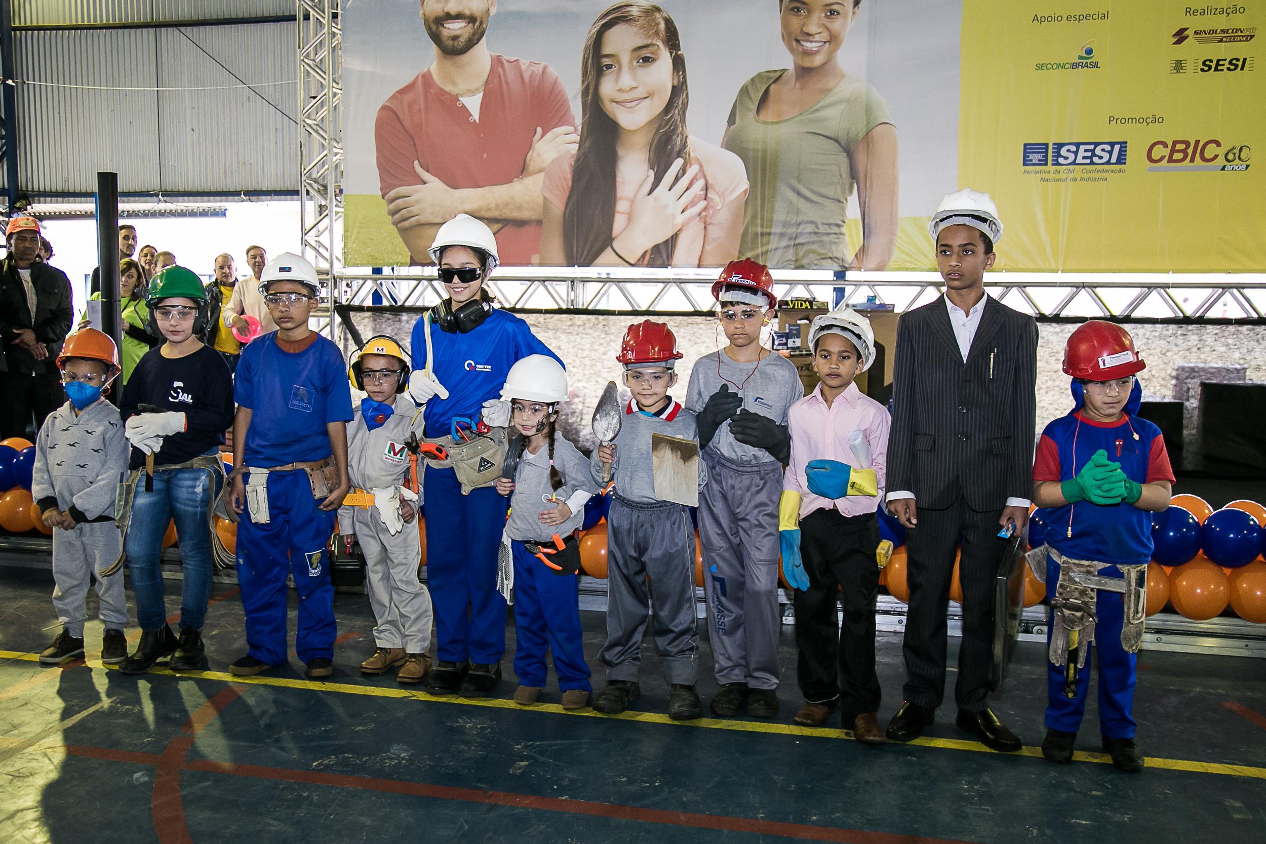 Dia Nacional da Construção Social é comemorado com grande festa