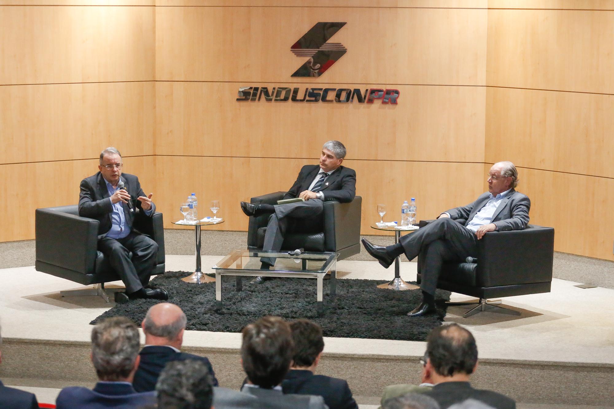 Reforma Tributária é fundamental para o crescimento econômico do Brasil